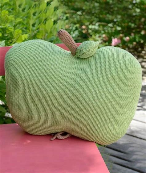 knitted apple pattern everything apples to knit for fall 22 free patterns book