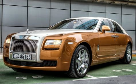 rolls rise car wallpaper rolls royce car side view luxurious hd