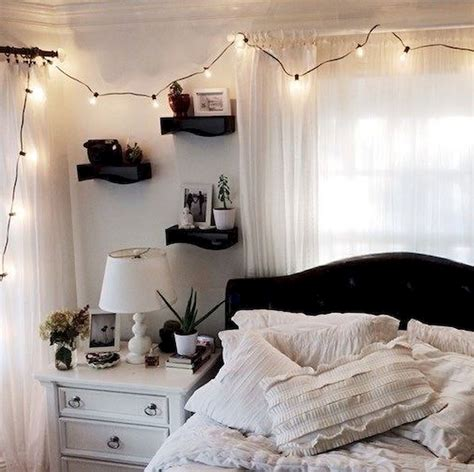 Aesthetically Pleasing Bedroom Decor With Curtains Behind Bed Abpho » Home Design 2017