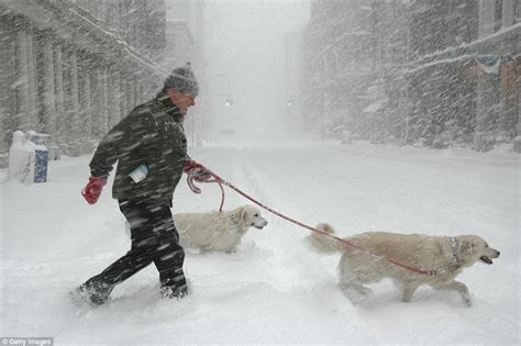 worst blizzard recorded the worst snowstorm in history shuts the us east