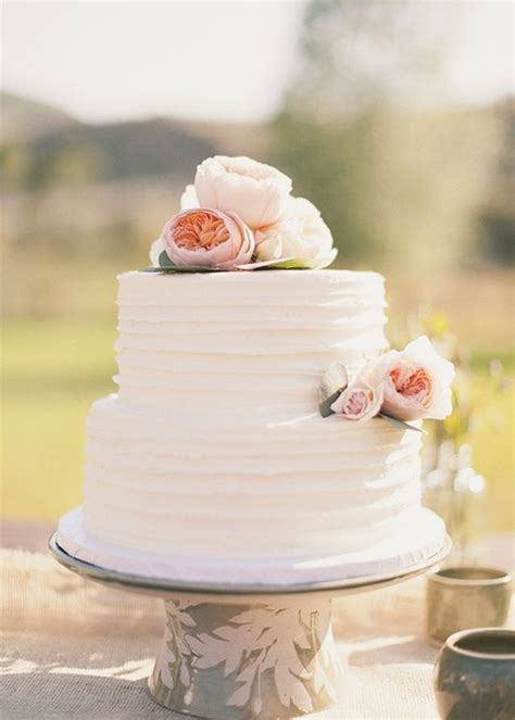 Hochzeitstorte Einfach by 25 Best Ideas About Wedding Cake Simple On