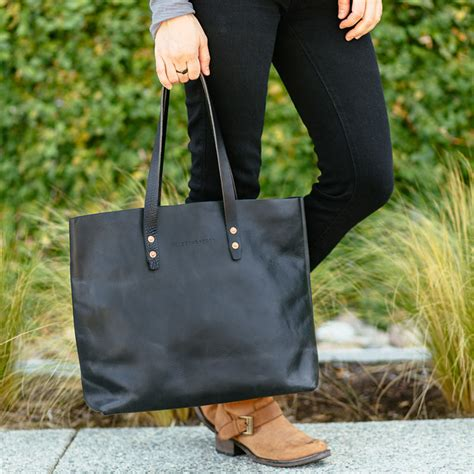 Tote Giveaway - whipping post leather tote giveaway 187 the merrythought