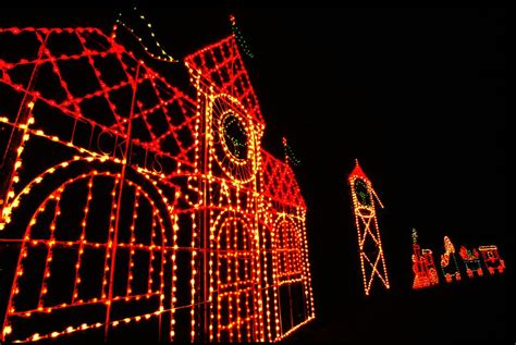 photos of christmas lights at seneca creek state park