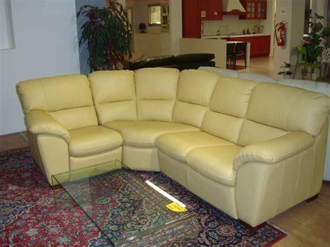 divani a angolo prezzi divano angolare miami angolo di gev salotti a prezzo scontato