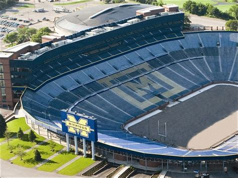 michigan big house big michigan football fan big guest list michigan stadium now available for weddings toledo