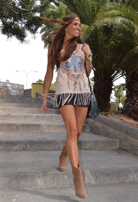 Wst 13339 Blue Ethnic Tank Top how to look boho chic 2018 fashiongum