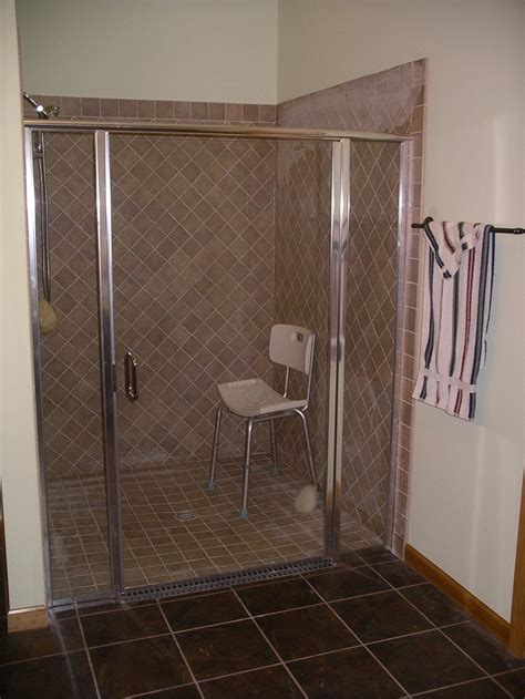 Handicap Shower Doors Pin By Valerie Reyes On Joyce