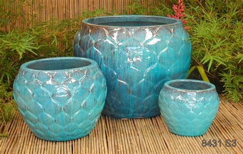 Planter Pottery by Artichoke Planter Tt Pottery