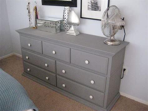 Grey Vintage Bedroom Furniture by 5 25 005 Vintage Dressers Furniture And Grey
