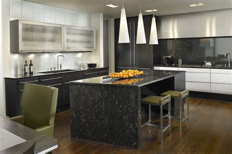 10 black kitchen backsplash ideas