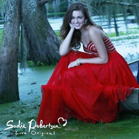 duck dynasty s sadie robertson wears red live original by