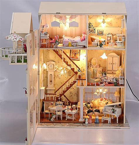 beleuchtung puppenhaus puppenhaus bausatz aus holz mit kompletter einrichtung