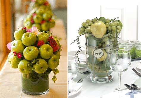 como decorar una mesa con frutas y verduras centros de mesas con frutas