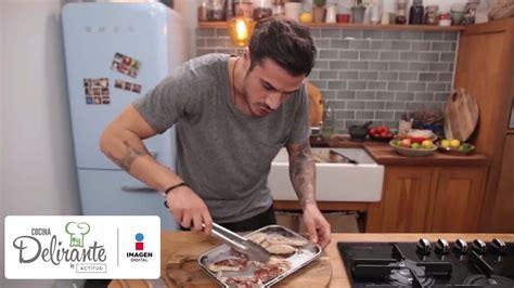 hombre cocinando las mujeres amamos a los hombres que cocinan cocina