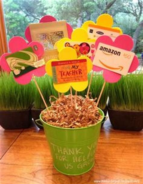 How To Present Multiple Gift Cards - 1000 ideas about gift card presentation on pinterest gift cards gift card bouquet