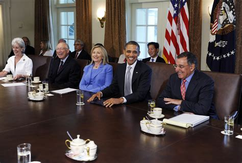 sebelius in president obama holds cabinet meeting