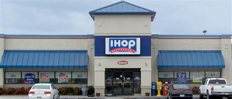 IHOP to IHOB: Will the New Marketing Strategy Work?   Knowledge@Wharton