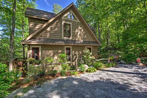 Highlands Cabin Rentals by Luxury Highlands Cabin W Forest Views Updated