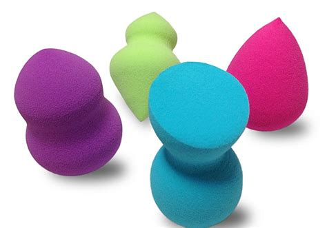 Make Up Sponge why are makeup sponges important aced magazine