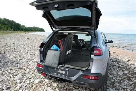 mopar jeep accessories mopar customizes 2014 jeep cherokee