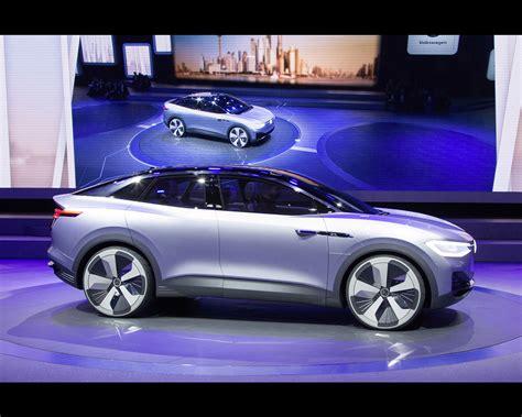 volkswagen electric concept volkswagen i d crozz electric crossover concept for 2020