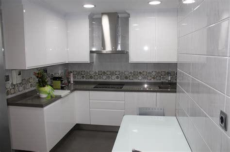 imagenes de cocinas minimalistas blancas consejos para tener una cocina 10