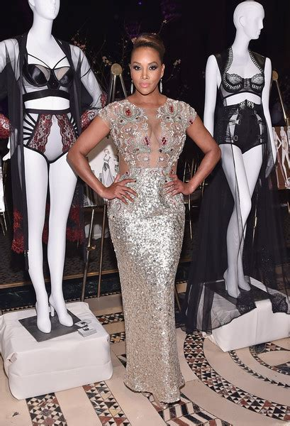 Worst Dress Of The Year Vivica Fox In Naeem Khan by Best And Worst Looks Of The Week Today S Evil