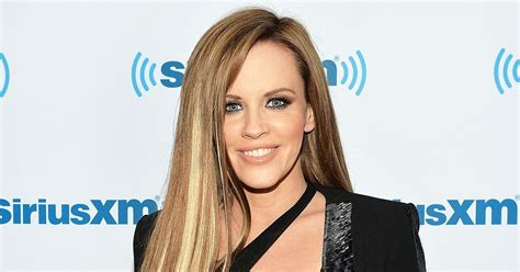 does jenny mccarthy have hair extensions with her bob image gallery jenny mcarthy