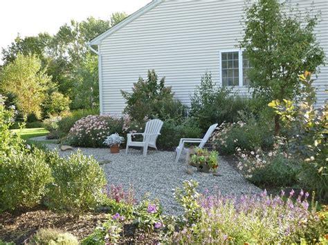 Pea Gravel Yard 25 Trending Pea Gravel Garden Ideas On Gravel
