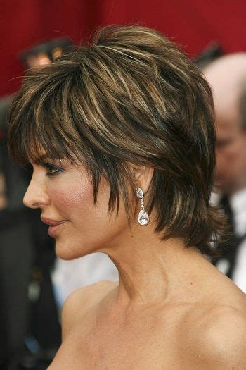 is lisa rinnas hair thick lisa rinna short haircuts for thick hair l www