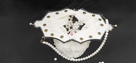 fashioned table ls ls 011 pyon pyon pearl fashioned handbag view