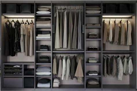 creare una cabina armadio la cabina armadio quando una serie tv impone una moda