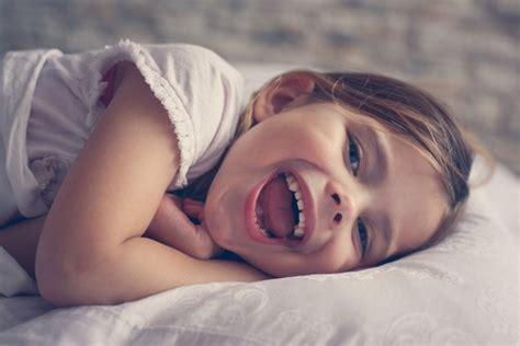 wieviel schlaf braucht ein 2 jã hriges wie viel schlaf braucht ein