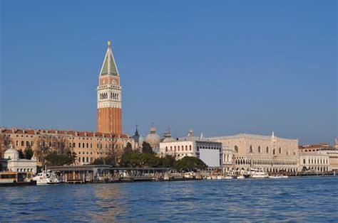 119 Day Cruise piazza san marco vista dalla laguna foto di laguna di