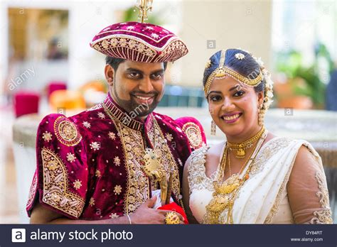 Sri Lankan Wedding by Wedding Sri Lanka Fashion Dresses