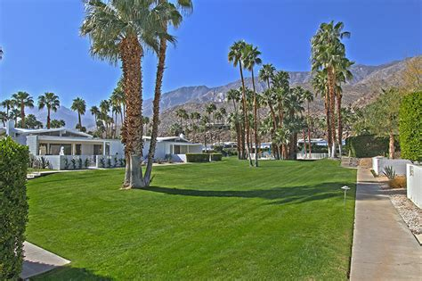 beautiful Palm Springs Architects #4: canyon-view-estates-krisel.jpg