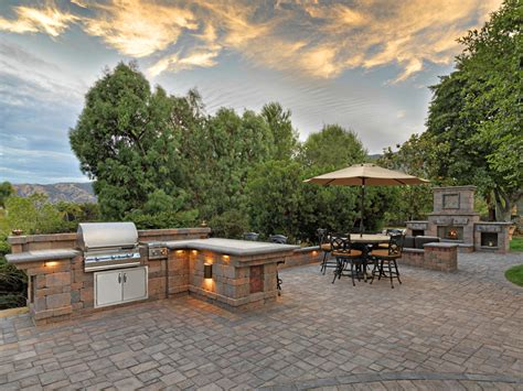 pictures of patios made with pavers patio made with pavers patio paving stones photos