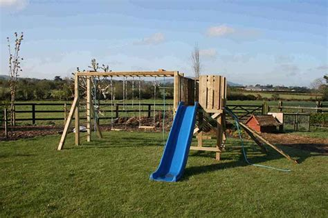 swing sets dublin playhouses treehouses dublin supplied fitted