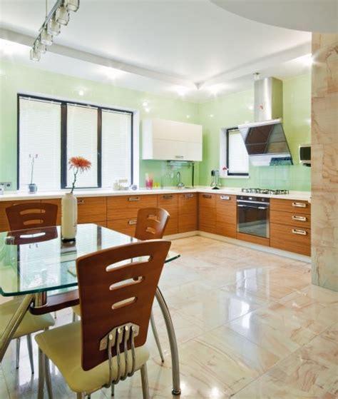 Two Tone Kitchen Cabinet Ideas by Wystr 243 J Kuchni W Pastelowych Kolorach Dom Pl