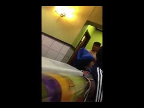 couple caught having sex in bathroom couple caught having sex in the mcdonald s bathroom youtube