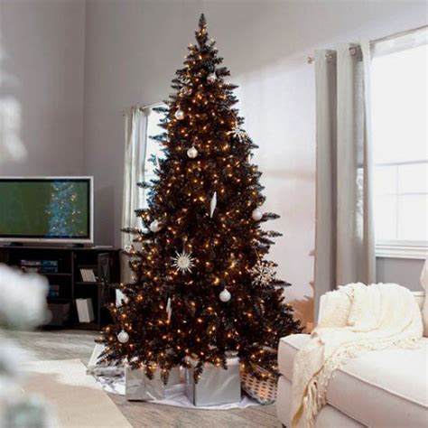 black and golden christmas decorating ideas black