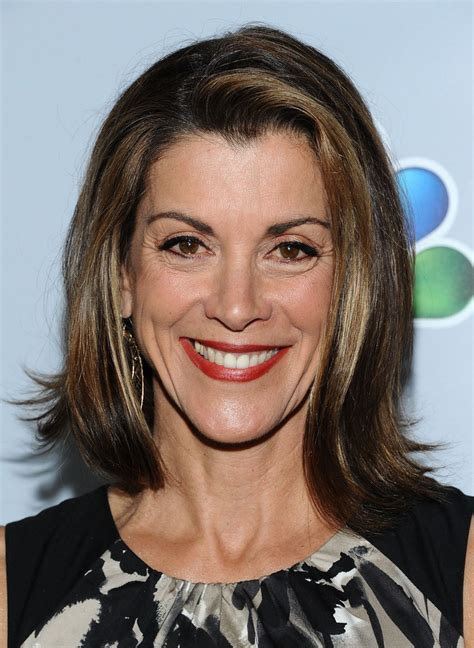 wendy malick hairstyles wendie malick mid length bob shoulder length hairstyles