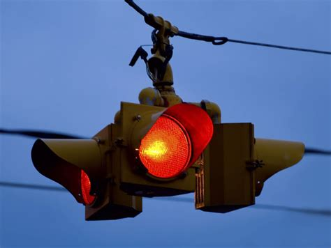 a flashing red light at an intersection means could you still pass the dmv drivers test playbuzz