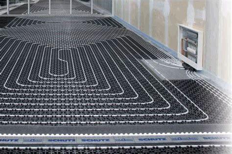 impianto raffrescamento a pavimento raffrescamento a pavimento le pompe per il raffrescamento
