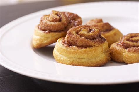 mini crescent rolls sing for your supper4 ingredient mini cinnamon rolls sing for your supper