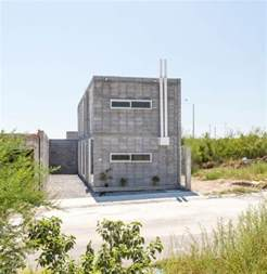 how to build a concrete block house top 25 best cinder block house ideas on pinterest
