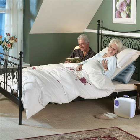pillows that help you sit up in bed sit u up pillow lift bedroom cushion lifters mangar health
