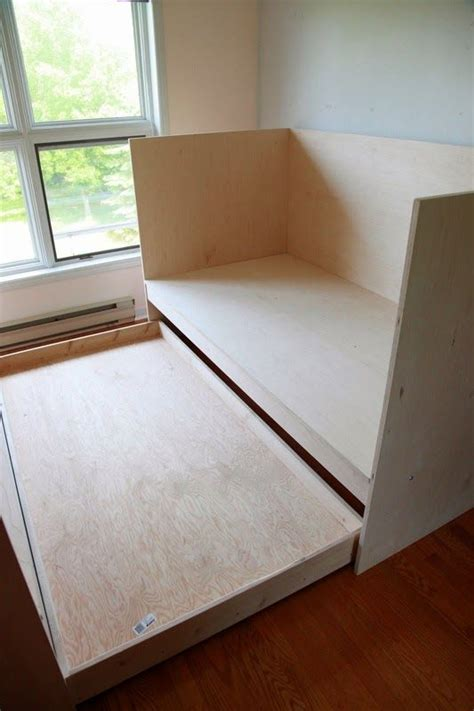 diy daybed with trundle diy daybed daybed with trundle and daybeds on pinterest