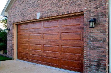 Wood Looking Garage Doors Garage Door Journal How To Paint Your Boring Metal Garage Door To Look Like Real Wood