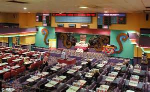 bingo rooms mecca bingo owner rank has punters to thank for profits rise daily mail